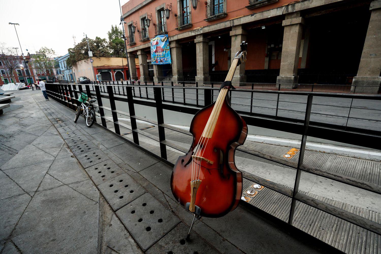 Place Garibaldi, à Mexico, dévastée par la crise des coronavirus